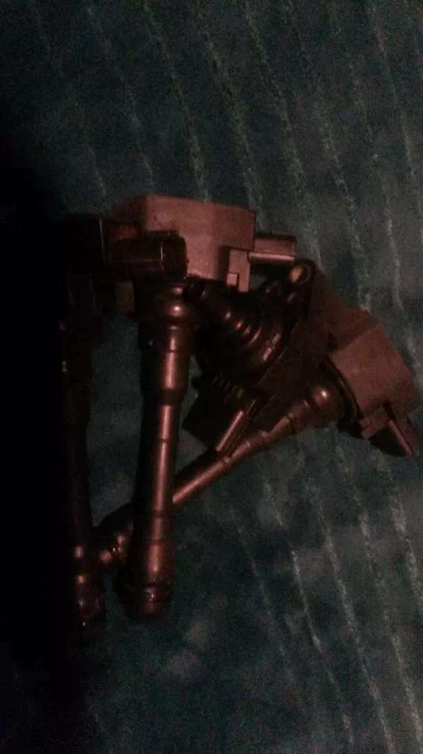 Nissan xtrail mr20 motor ignition coils.2 available.price for both 0