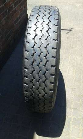 Tyres 315/80R22.5 / 385