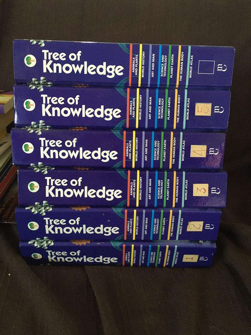 Second hand books various encyclopaedias and dictionaries 0
