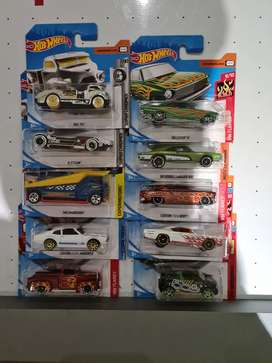 Hotwheels muscle cars and Collectible cars brand new