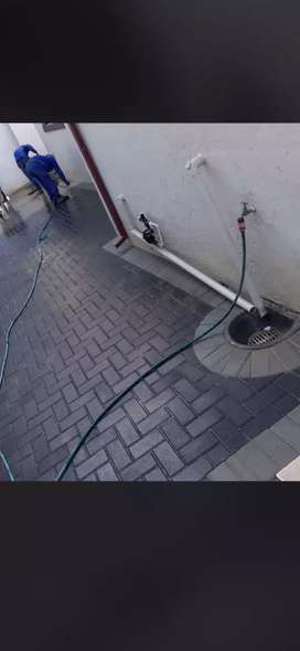 PAVING (R198 PER SQUARE meter ER INCLUDING MATERIAL AND LABOUR