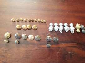 31 Antique code of arm buttons
