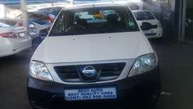 2018 Nissan Np-200 1.6 Engine Capacity with Manuel Transmission