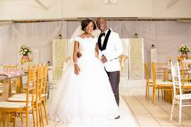 Affordable Professional Wedding Photographer and Videographer