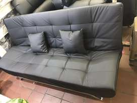 Slepping couch