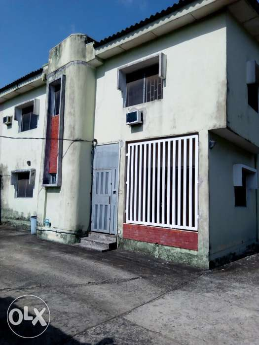 4 bedroom duplex and bq for grab 0