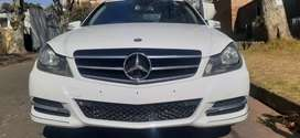 MERCEDES BENZ C 200 WITH SERVICE BOOK