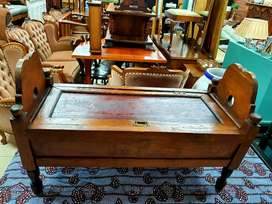 Antique solid wood Kist style with storage space