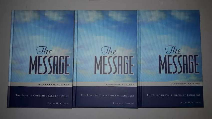 MESSAGE BIBLE.. 0