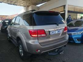 2008 Toyota Fortuner 3.0 engine capacity D4D 4x2 SUV manual diesel