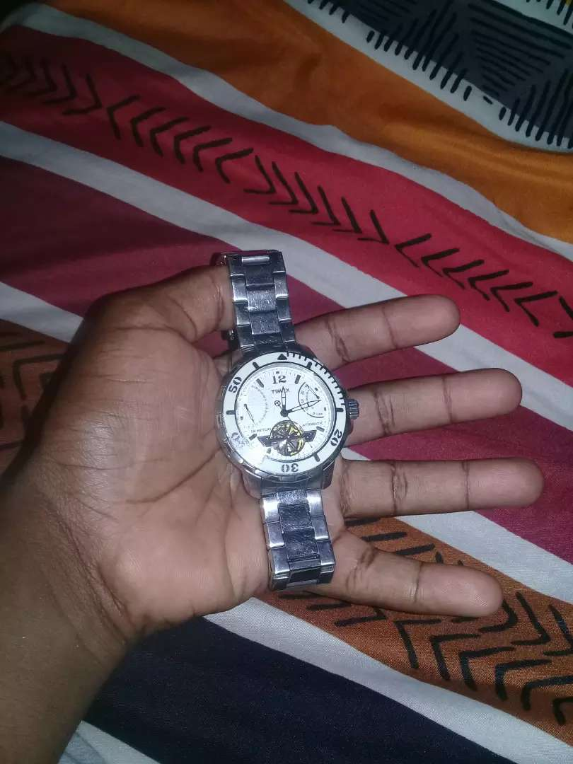 Selling my Timex  watch 0