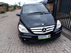 Selling a car in good condition Mercedes B 200