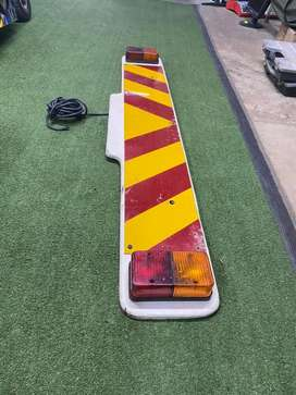 Vehicle towing rear light