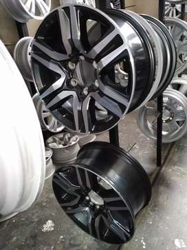 "17""Toyota Fortuner mag wheels only for r7000."