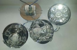 Потолочный светильник с лампочкой