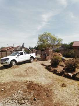 Hie all ,I'm selling my ford ranger, white in colour , single cab