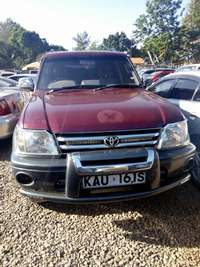 Quick sale! Clean Toyota Prado KAU now available at 1.25m asking! 0