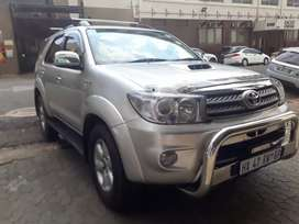 Toyota Fortuner 3.0 R 183 000 Negotiable