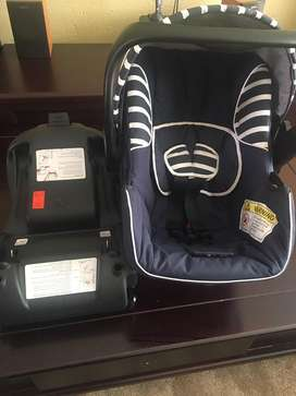 Baby car seat and Isofix base