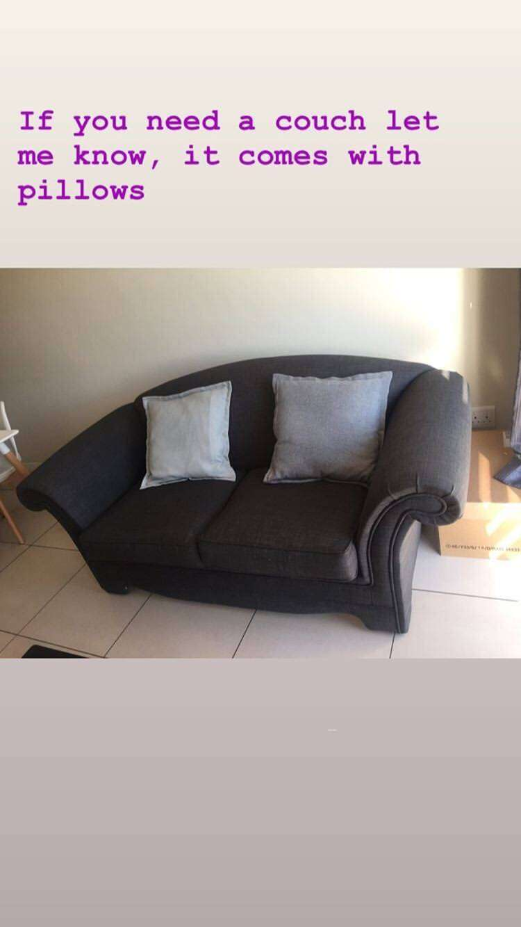 TWO SEAT COUCH FOR R1000 0