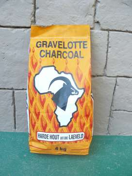 4 KG CHARCOALS, BRIQUETTES, MOPANI WOODS AND FIRELIGHTERS FOR SALE
