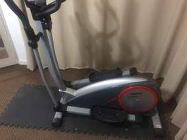 Trojan summit 280 Elliptical trainer