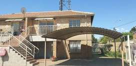 Two bedroom appartment in secure complex. Helikon Mews. Randfontein5