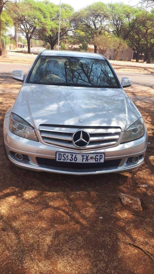 MERCEDES BENZ 204  MODEL 2009 IN KATHU FOR SALE 0