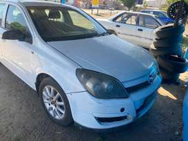 OPEL ASTRA H 1.6 STRIPPING FOR SPARES