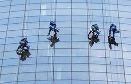 Usługi alpinistyczne, prace wysokościowe, alpinista