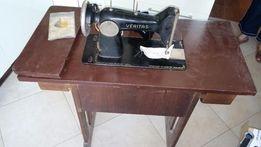 Maszyna do szycia Veritas ze stolikiem zabytkowa akcesoria
