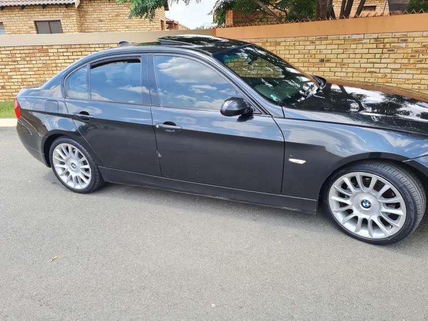 BMW 323i INDIVIDUAL for sale 0