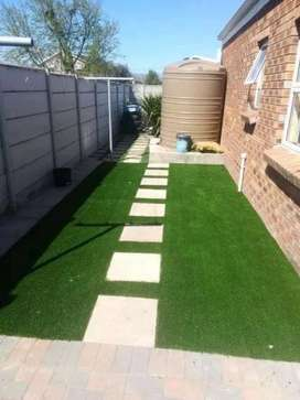 We install artificial grass... paving and pable stone