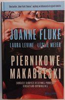 Piernikowe makabreski, Joanne Fluke, Laura Levine, Leslie Meier
