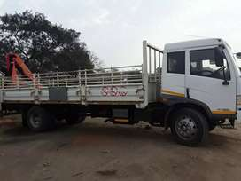 7tonne truck nd crane for hire