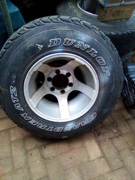 """15"""" 6 hole bakkie mags for sale 10j mags"""