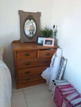 Solid Oak Chest of drawers for Sale