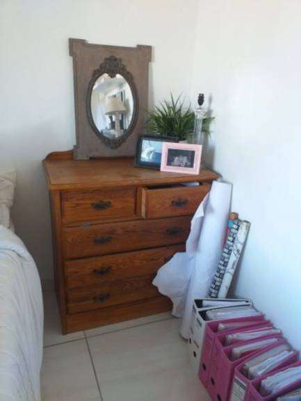 Solid Oak Chest of drawers for Sale 0