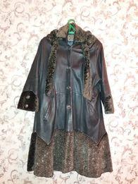 Плащ кожаный серый 46 размер с капюшоном из каракуля