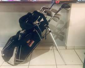 Bell's Slazenger golf bag with golf clubs & golf balls