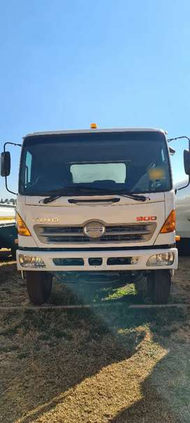 2016  HINO 500 -1626 WATER TANKER 12000L FOR SALE