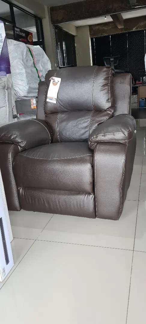 Genuine Leather Upper Single Recliner Chair - Brown 0