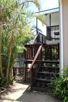 Studio Apartment with wooden deck within 2km from beachfront