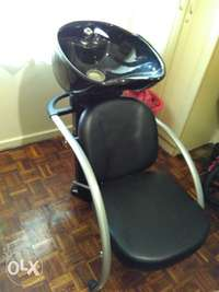 Image of Salon wash basin and chair for sale