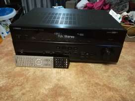 Yamaha RX-V 675 Amplifier For Sale.