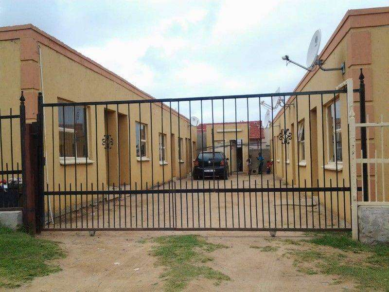 10 rooms/flats for sale 0