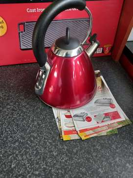 Snappy chef whistling kettle