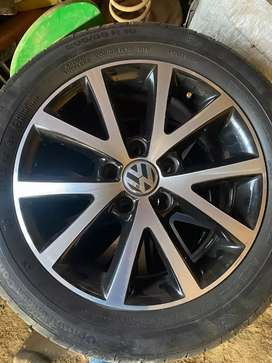 16inch 5×112 touran wheels with fresh continental tyres