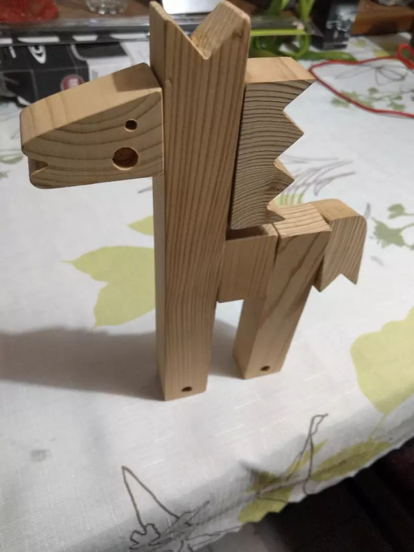 Dřevěný koník 0