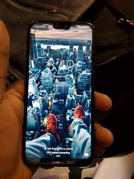 Huawei p20 lite good condition but hairy cracks 9n the screen